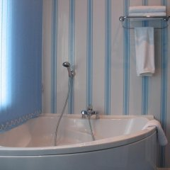 Гостиница -отель Inshinka-SPA в Туле 3 отзыва об отеле, цены и фото номеров - забронировать гостиницу -отель Inshinka-SPA онлайн Тула ванная фото 3