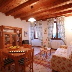 Отель Agriturismo La Filanda Манерба-дель-Гарда комната для гостей фото 16