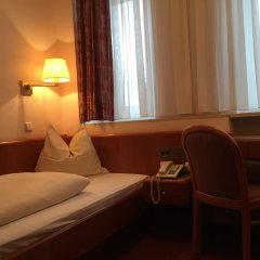 Отель Carmen Германия, Мюнхен - 9 отзывов об отеле, цены и фото номеров - забронировать отель Carmen онлайн комната для гостей фото 4