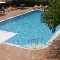 Отель Mas Torrellas Испания, Санта-Кристина-де-Аро - отзывы, цены и фото номеров - забронировать отель Mas Torrellas онлайн бассейн