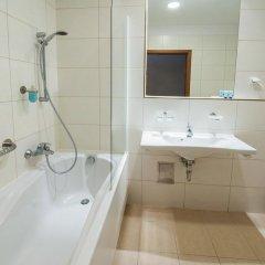 Отель Oliwski Hotel Польша, Гданьск - отзывы, цены и фото номеров - забронировать отель Oliwski Hotel онлайн ванная фото 2