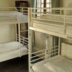 The Walrus Bar and Hostel Кровать в общем номере с двухъярусной кроватью фото 8