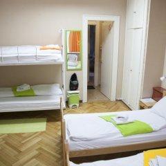 Hostel Beogradjanka Кровать в общем номере с двухъярусной кроватью фото 6