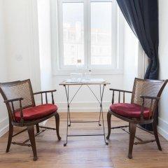 Отель Lisbon Check-In Guesthouse 3* Улучшенный номер с различными типами кроватей фото 3