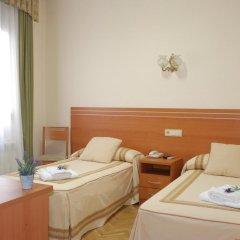 Отель Hostal Galaico комната для гостей фото 3