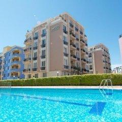 Отель Menada Sea Isle Apartments Болгария, Солнечный берег - отзывы, цены и фото номеров - забронировать отель Menada Sea Isle Apartments онлайн бассейн
