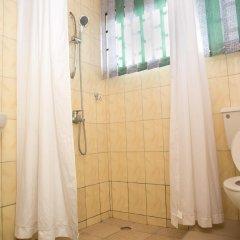 Отель Travellers Palm Court ванная
