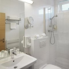 Arion Airport Hotel 4* Стандартный номер с двуспальной кроватью фото 4