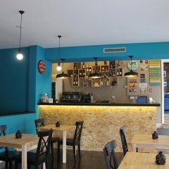 Отель Barcelos Way Guest House гостиничный бар
