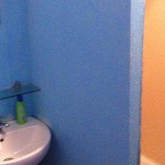 Гостиница Friends в Перми 6 отзывов об отеле, цены и фото номеров - забронировать гостиницу Friends онлайн Пермь ванная