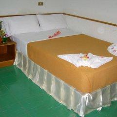 Grand Tower Hotel 2* Стандартный номер с двуспальной кроватью