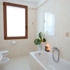 Hotel Ambasciata 3* Улучшенный номер с двуспальной кроватью фото 3