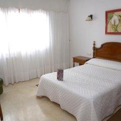Отель Serantes Hotel Испания, Эль-Грове - отзывы, цены и фото номеров - забронировать отель Serantes Hotel онлайн комната для гостей фото 5
