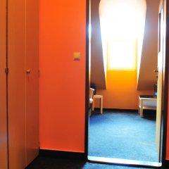 Hostel Alia Стандартный номер с двуспальной кроватью фото 17