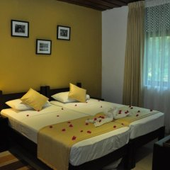 Отель Lakeside At Nuwarawewa 3* Стандартный номер фото 2