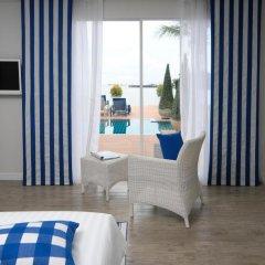 Отель Phuket Boat Quay 4* Улучшенный номер с различными типами кроватей фото 3