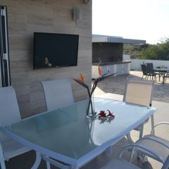 Отель Harmony Hillside Views Кипр, Протарас - отзывы, цены и фото номеров - забронировать отель Harmony Hillside Views онлайн бассейн