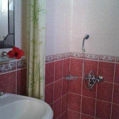 Defne & Zevkim Hotel 2* Стандартный номер с различными типами кроватей фото 8