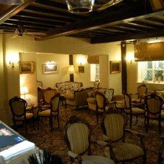 Albright Hussey Manor Hotel развлечения