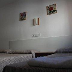 Отель Hostal Las Nieves Стандартный номер с различными типами кроватей (общая ванная комната) фото 5