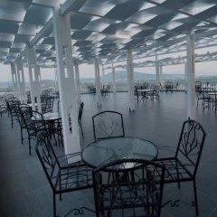 Отель Prince of Lake Hotel Албания, Шенджин - отзывы, цены и фото номеров - забронировать отель Prince of Lake Hotel онлайн питание фото 2