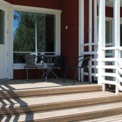 Отель Saimaa Resort Marina Villas Финляндия, Лаппеэнранта - отзывы, цены и фото номеров - забронировать отель Saimaa Resort Marina Villas онлайн балкон