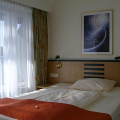 Superior Hotel Präsident 3* Стандартный номер с 2 отдельными кроватями
