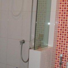 Апартаменты The Nara-ram 3 Suite Boutique Service Apartment Бангкок ванная фото 2