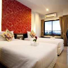 Chill Patong Hotel 3* Улучшенный номер с двуспальной кроватью фото 2
