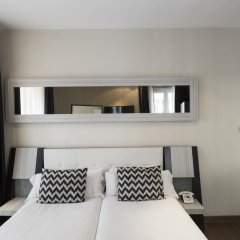 Отель Petit Palace Triball 3* Стандартный номер с различными типами кроватей фото 3