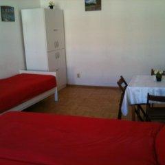 Апартаменты Caterina Private Rooms and Apartments Стандартный номер с различными типами кроватей (общая ванная комната) фото 20