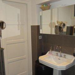 Отель Le Coeur du 6ème Франция, Лион - отзывы, цены и фото номеров - забронировать отель Le Coeur du 6ème онлайн ванная