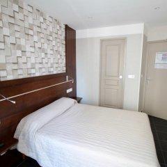 Hotel Des Pyrenees Париж комната для гостей фото 22