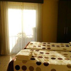 Отель Hostal Sant Sadurní комната для гостей фото 4