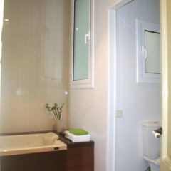 Отель Aribau Apartment Испания, Барселона - отзывы, цены и фото номеров - забронировать отель Aribau Apartment онлайн ванная