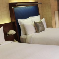 Renaissance New York Times Square Hotel 4* Стандартный номер с различными типами кроватей фото 8