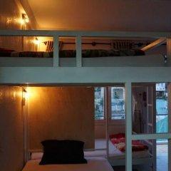Dalat Backpackers Hostel Кровать в общем номере фото 16