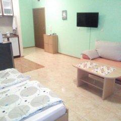 Отель Studios in Complex Elit 4 Солнечный берег комната для гостей фото 4