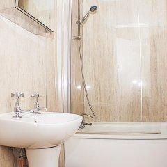 The Queensbury Hotel 2* Номер Эконом с разными типами кроватей (общая ванная комната) фото 4