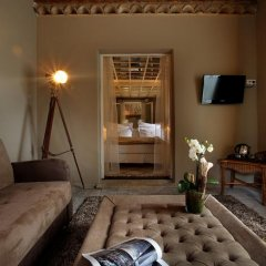 Отель Hôtel Saint Amour La Tartane 5* Стандартный номер с различными типами кроватей фото 10