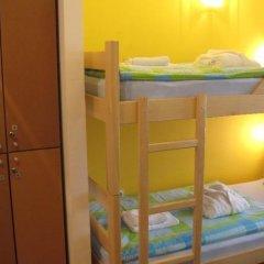 Spirit Hostel and Apartments сейф в номере