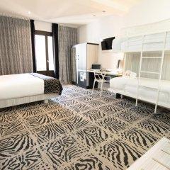 Отель Petit Palace Savoy Alfonso XII 4* Апартаменты Люкс разные типы кроватей фото 3