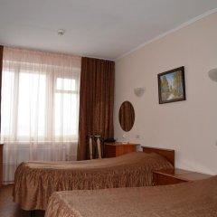 Гостиница Сфера 3* Стандартный номер с 2 отдельными кроватями (общая ванная комната)