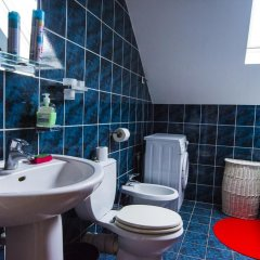 Wawa Hostel Варшава ванная