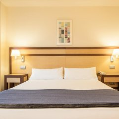 Hotel ILUNION Pio XII 4* Стандартный номер с различными типами кроватей