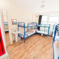 Отель Kensal Green Backpackers 1 Кровать в общем номере с двухъярусной кроватью фото 7
