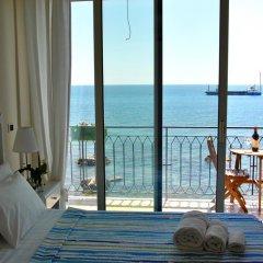 Отель Taorminaxos wonderful seaview Таормина комната для гостей фото 2