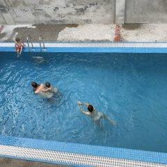 Отель Villa Oasis Luang Prabang бассейн фото 3