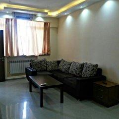 Апартаменты Rent in Yerevan - Apartments on Sakharov Square комната для гостей фото 2