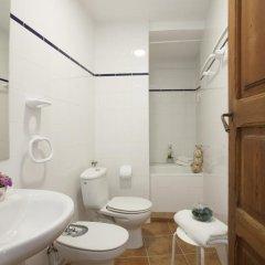 Отель SingularStays Roteros Испания, Валенсия - отзывы, цены и фото номеров - забронировать отель SingularStays Roteros онлайн ванная фото 2
